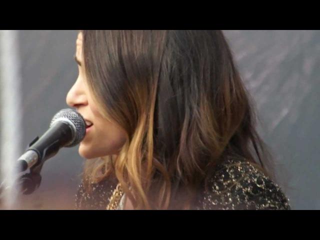Twilight Saga's Nikki Reed Paul Mcdonald [HD] The Best Part Tent City Concert (11-10-12)