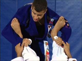Leo Vieira BJJ - How to pass the spider guard leo vieira bjj - how to pass the spider guard