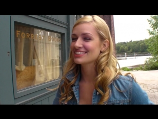 Beth bares it all - beth behrs