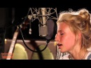 Billie Marten - You Make My Dreams (Hall Oates Cover) | Ont' Sofa Gibson Sessions