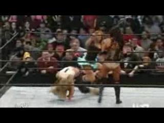 Trish Stratus vs Candice Michelle -raw women's championship