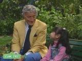 Sesame Street: Tony Bennett, Lexine Sing About Little Things