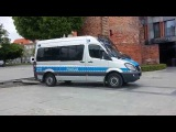 Полицейский в Польше  повредил городское имущество . Ждем как будет наказан.