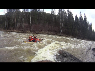 Сплав по реке Зилим порог Кысык 2015