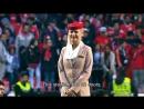 """Инструктаж болельщиков """"Бенфики"""" от стюардесс авиакомпании Emirates"""