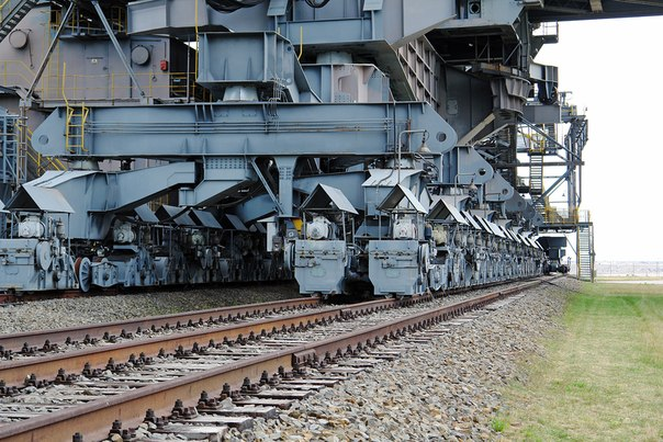 Overburden Conveyor Bridge F60