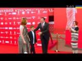 Саакашвили в Одессе показал красавицу-жену и младшего сына