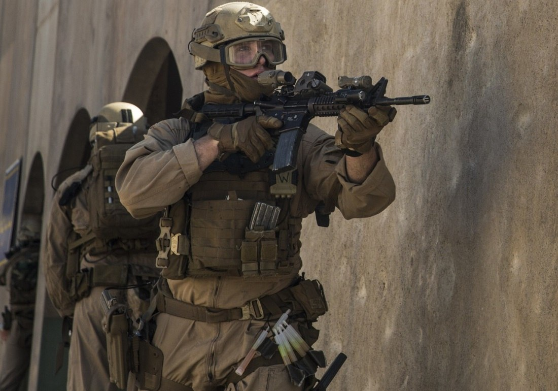US Marine Corps (USMC) - Page 13 3eSG0JbhvJo