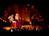 Shakira - Nothing Else MattersDespedida Medley (Live from Paris)