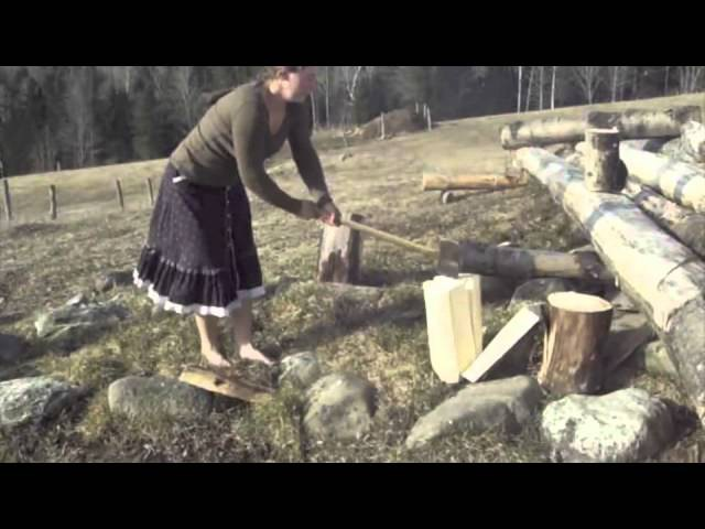 Splitting with Ease - the barefoot ax-girl