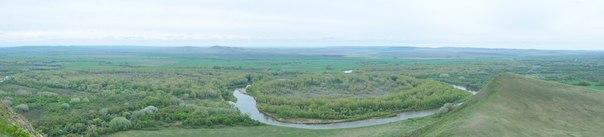 Панорама излучины г.Урал с вершины г.Верблюжка