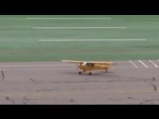 Самолеты и легкий бриз