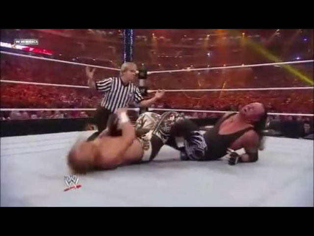 The Undertaker vs Shawn Michaels WWE Wrestlemania 26 - Video Dailymotion