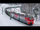 2ЭС10 118 с бустерной секцией и грузовым поездом