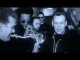 UB40 - (I Can't Help) Falling In Love With You  (1990)