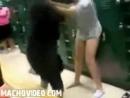 Драка девушек в раздевалке