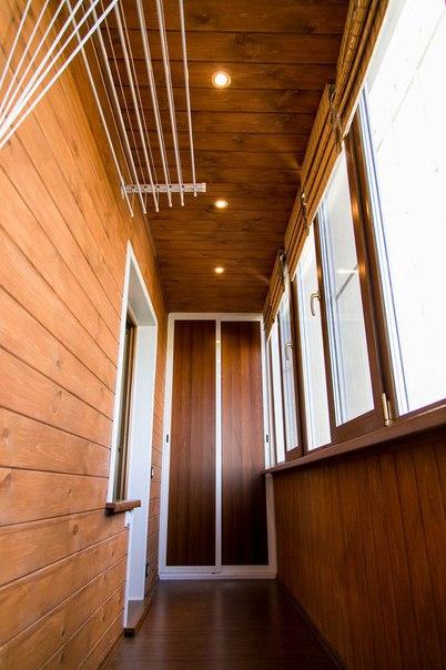 Отделка балконов имитация бруса..