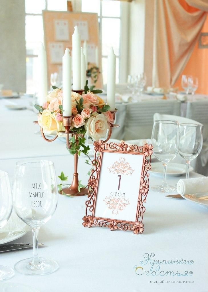 канделябр в оформлении свадьбы