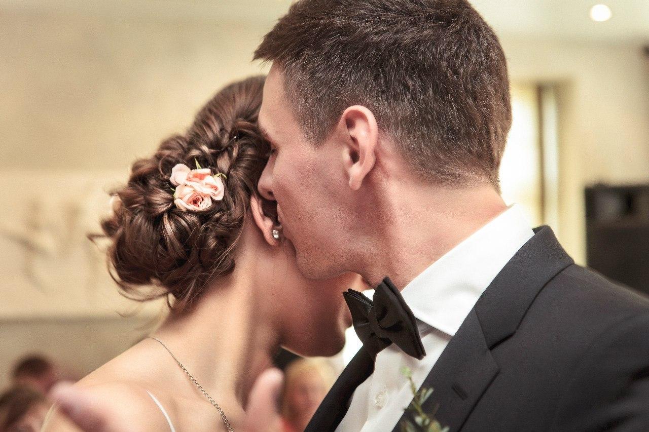 нежность чувств жениха и невесты