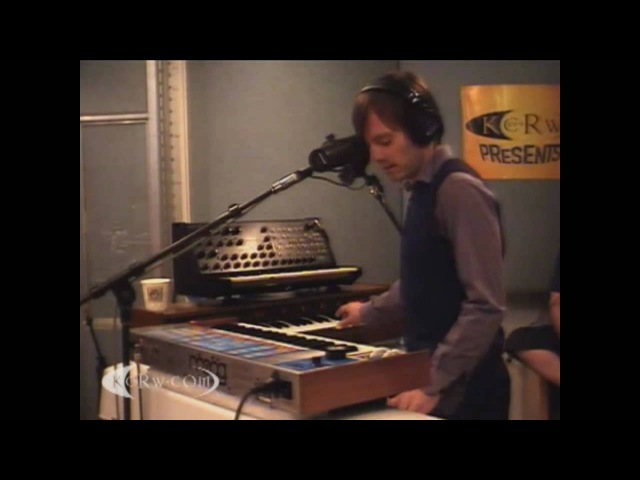AIR - Don't Be Light (LIVE@KCRW March 29, 2010) HD