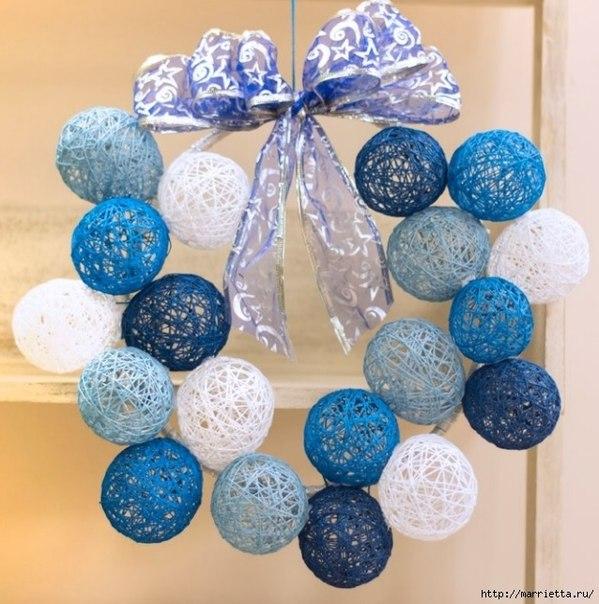Как сделать новогодние шарики из нитки и клея