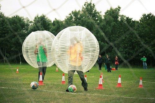 Бампербол - Футбол в шарах