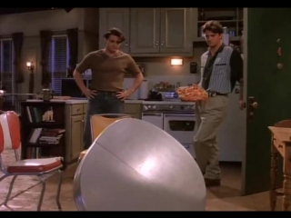 Friends 1x12 - We need new table