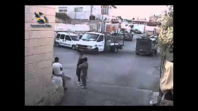 Израильские военные крадут Палестинских детей