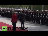 Германия: Меркель приветствует Финскую ПМ Сипиля с полными военными почестями.