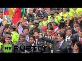 Эквадор: Мадуро и Президент Колумбии Сантос встретился за границы кризиса.