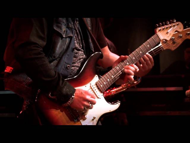 Warren Haynes with Brad Whitford Joe Bonamassa Guitar Center's King of the Blues 2011