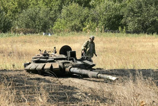 До конца года ВСУ получат 300 единиц бронетехники, 400 боевых машин, 30 000 ракет и боеприпасов, - Порошенко - Цензор.НЕТ 8949