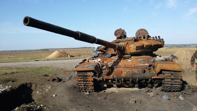 До конца года ВСУ получат 300 единиц бронетехники, 400 боевых машин, 30 000 ракет и боеприпасов, - Порошенко - Цензор.НЕТ 4742