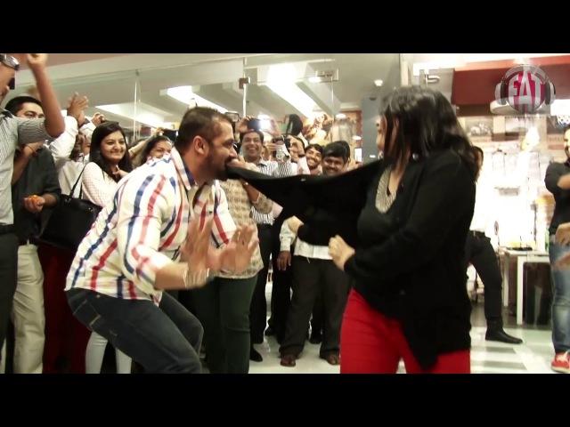 Salman Khan and Sonam Kapoor Dance at Fever 104 | Prem Ratan Dhan Payo
