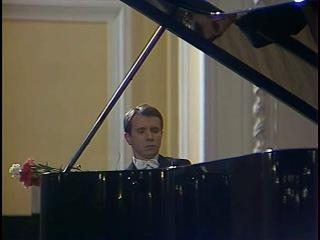 Mikhail Pletnev plays Tchaikovsky Seasons, Scriabin, Prokofiev, Glinka-Balakirev - video 1983