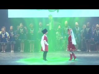 Тимур Лосанов-къафэ ( группа Нальчик-LIFE) еще больше видео здесь: http://vk.com/nalchik__life