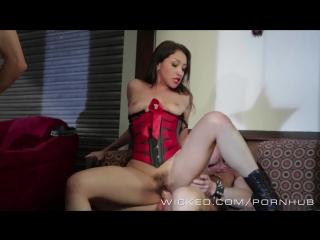 Секс на автопати порно