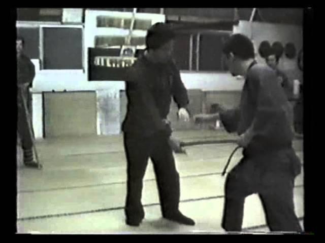Ishizuka Shihan teaches Gyokko Ryu koshijutsu