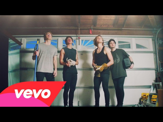 5 Seconds of Summer - Shes Kinda Hot