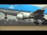 Взлет и посадка самолетов при боковом ветре