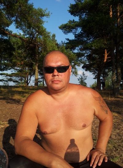 Олег Ухов