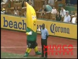 Banana Mascot VS Security Guard ( Peanut Butter Jelly Time ) Maskottchen VS Ordner