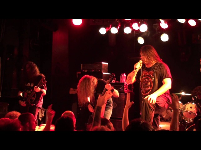 Cannibal Corpse - Hammer Smashed Face Stripped, Raped and Strangled LIVE