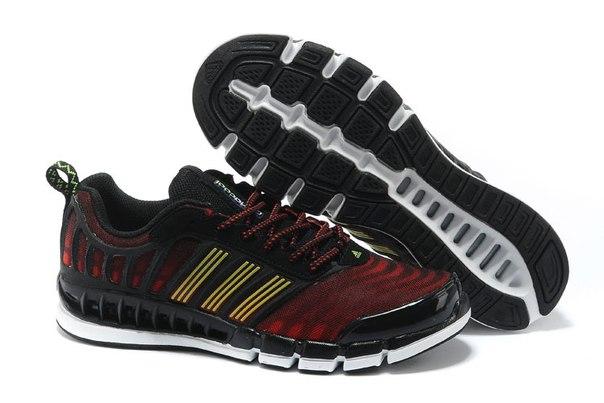 huge selection of 88de6 720df Als Nachfolger des climacool Linie von Schuhen gesehen, bietet das  Crazycool einer dünnen Mikro-Wildleder Zunge, die Schuhe noch leichter  macht.