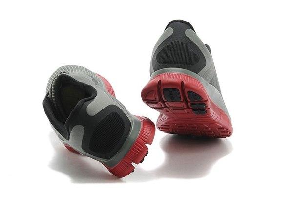 the best attitude 06a15 9325d Die Sohle des Free 4.0 ist super flexibel und bewegt sich sehr gut mit dem  Fuß. Die Sohle ist typisch für andere Nike Free Schuhe mit eigener Schoten  von ...