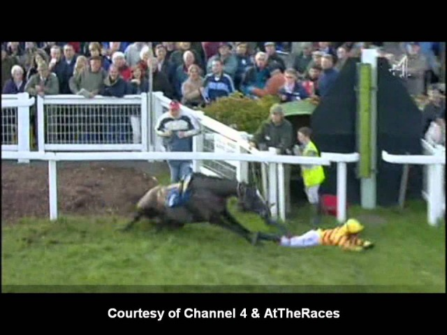 Horse Racing Thrills and Spills 2012