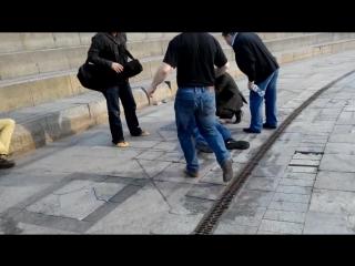 Пасха на Майдане или Биба и Боба = два д@лб@еба