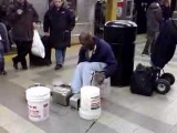 Drum n bass at New York 42nd St subway