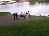 Красноярск  драка геи против гопников