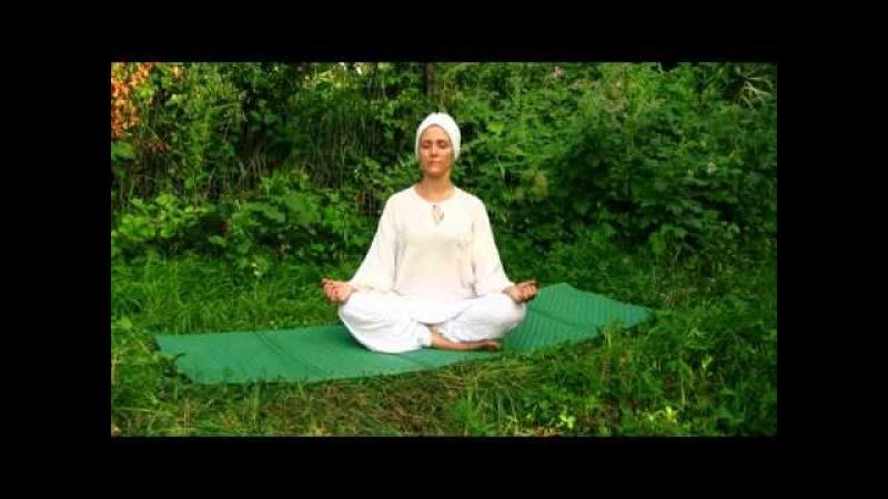 Кундалини Йога с Алией Мусиной Урок 1 Чарующая красота